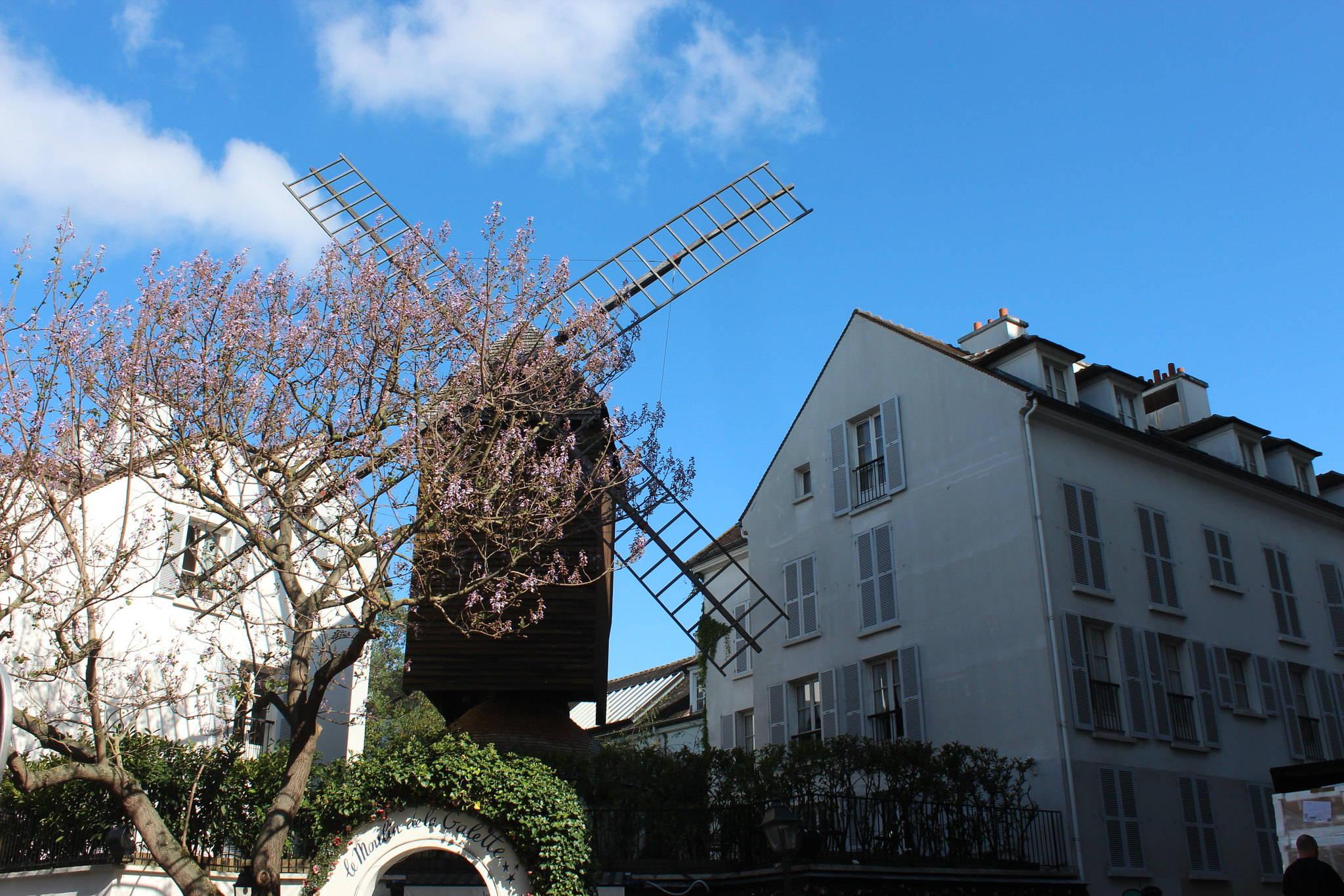 MyMontmartreTours - Moulin de la Galette