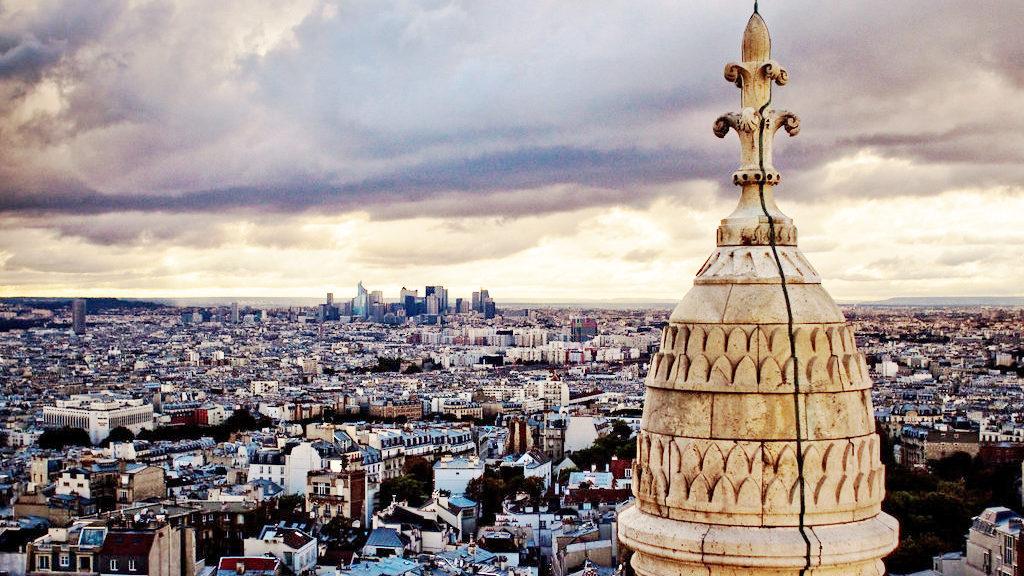 Sacre Coeur view during a walking tour