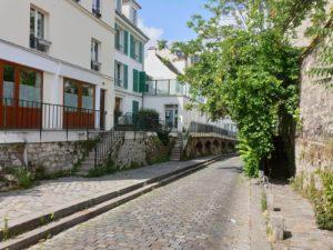 My Montmartre Tours - Cobblestone streets